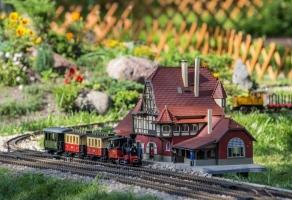Nadmorski Park Miniatur i Kolejek rabat