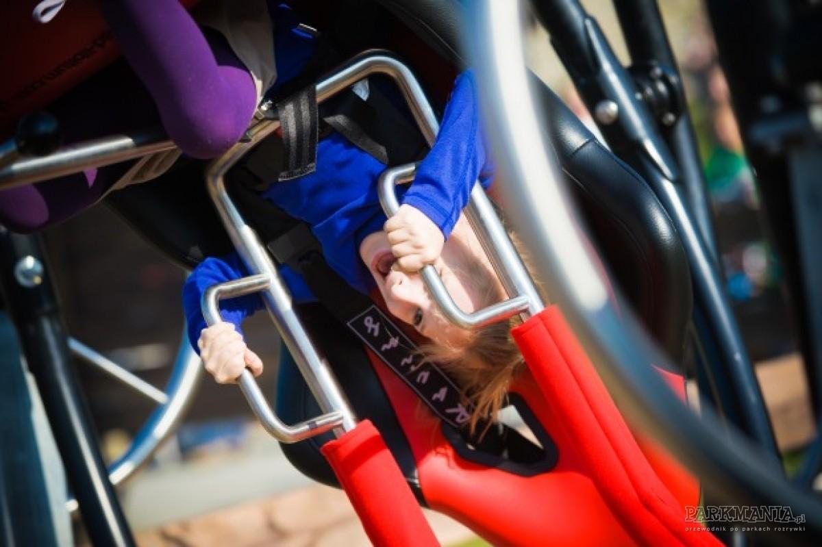 [WIDEO] Testing Attractions w parku rozrywki w Ogrodzieńcu