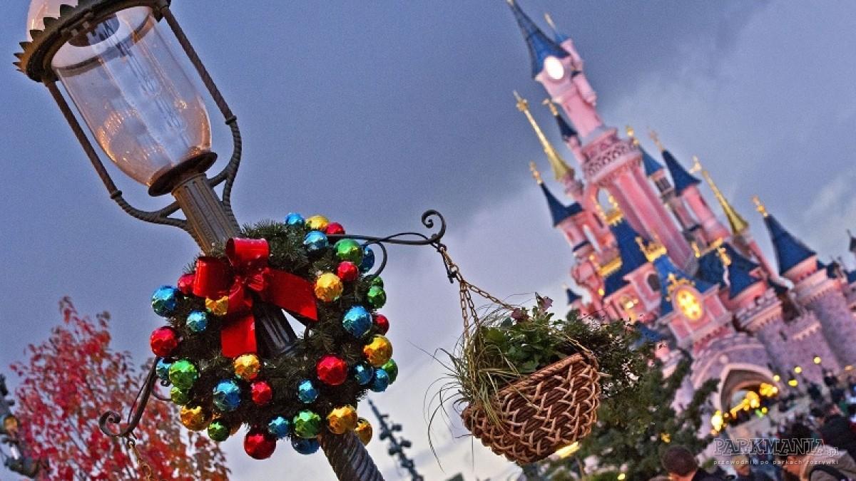 Czy warto wybrać się do Disneylandu w sezonie jesienno-zimowym?