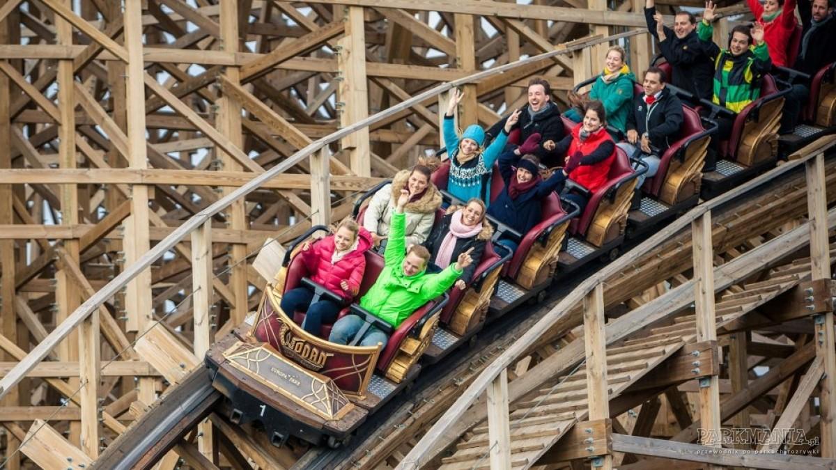 W którym europejskim parku znajdziemy najwięcej roller coasterów?