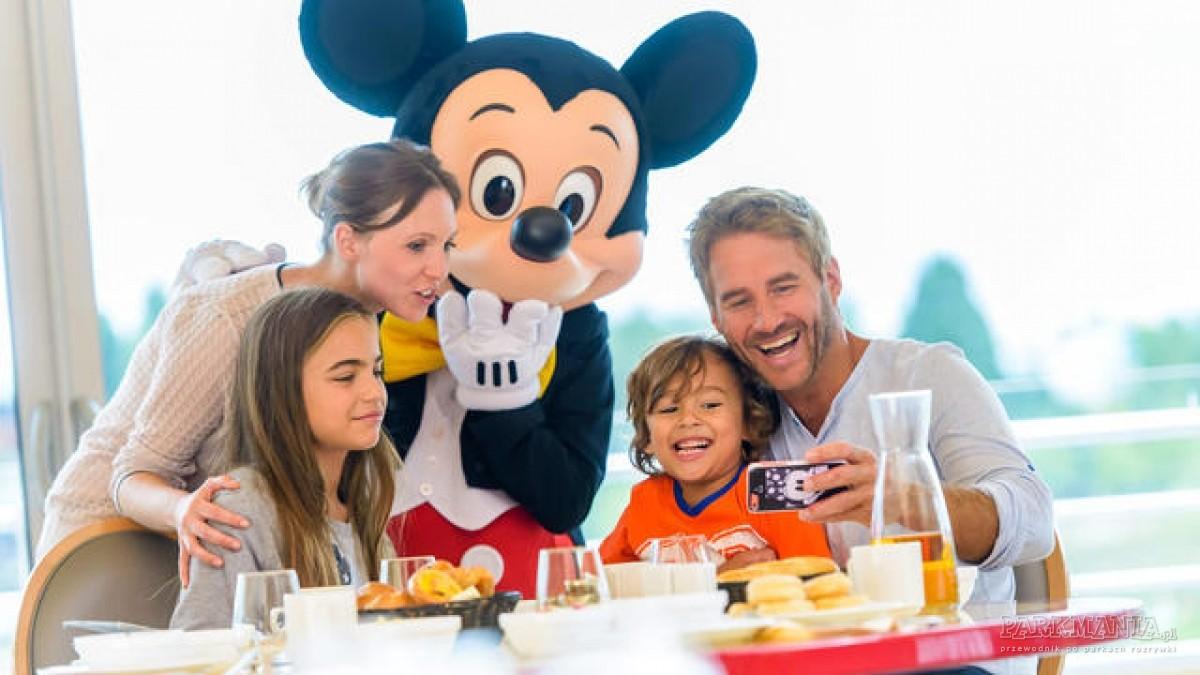 Posiłki w Disneylandzie. Gdzie znajdziemy postaci Disneya?