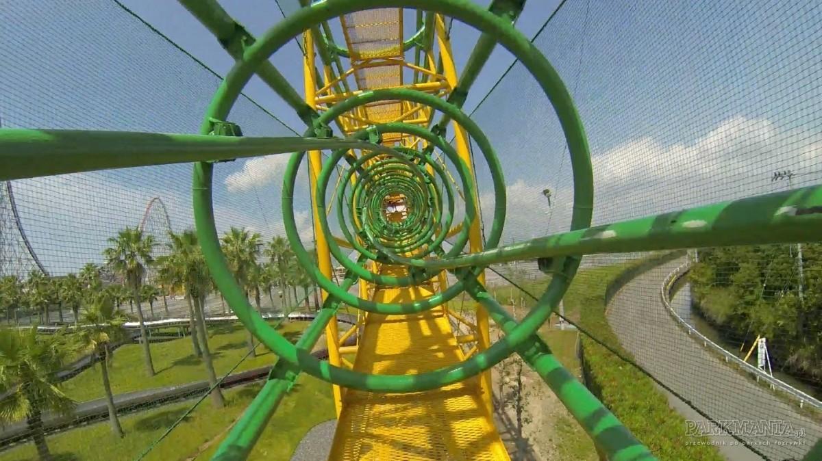 [WIDEO] Pipeline roller coaster, zipline coaster i inne nietypowe rodzaje roller coasterów
