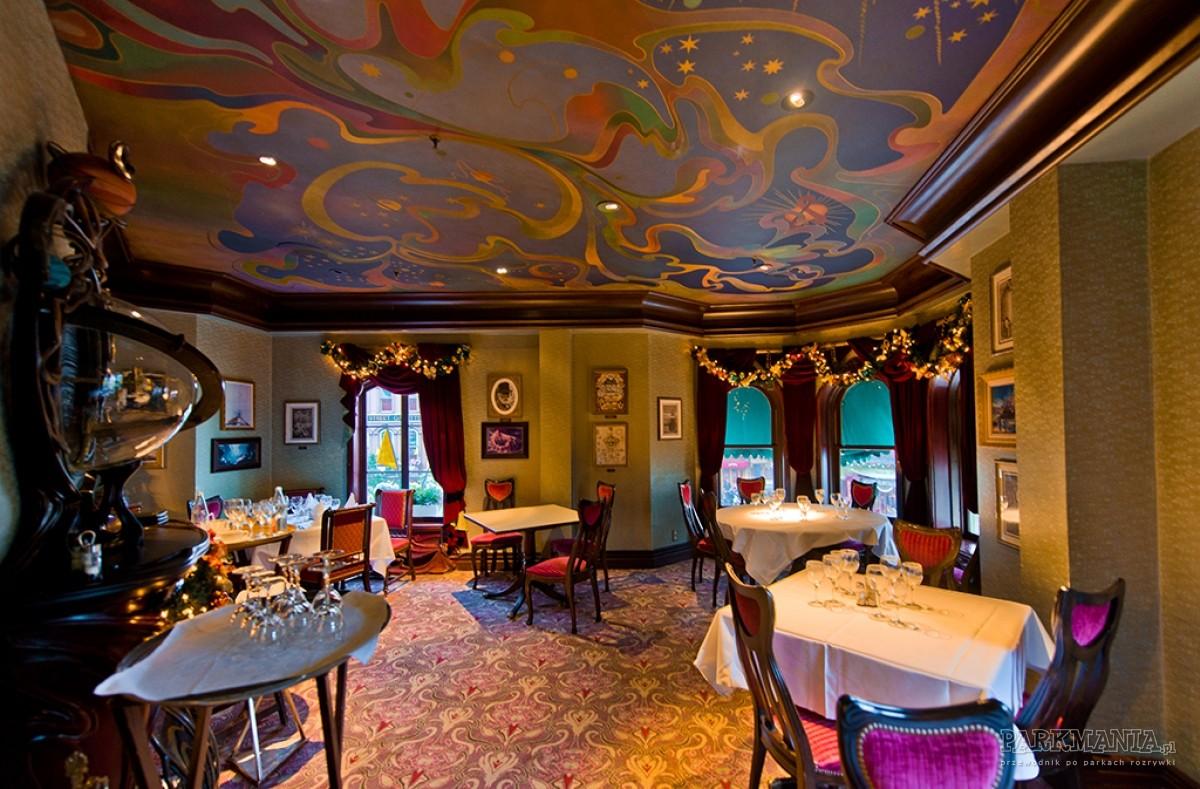 Restauracje w Disneylandzie (kategoria €€€) – wykwintne restauracje w Disneyland Park, Disney Village i hotelach Disneya