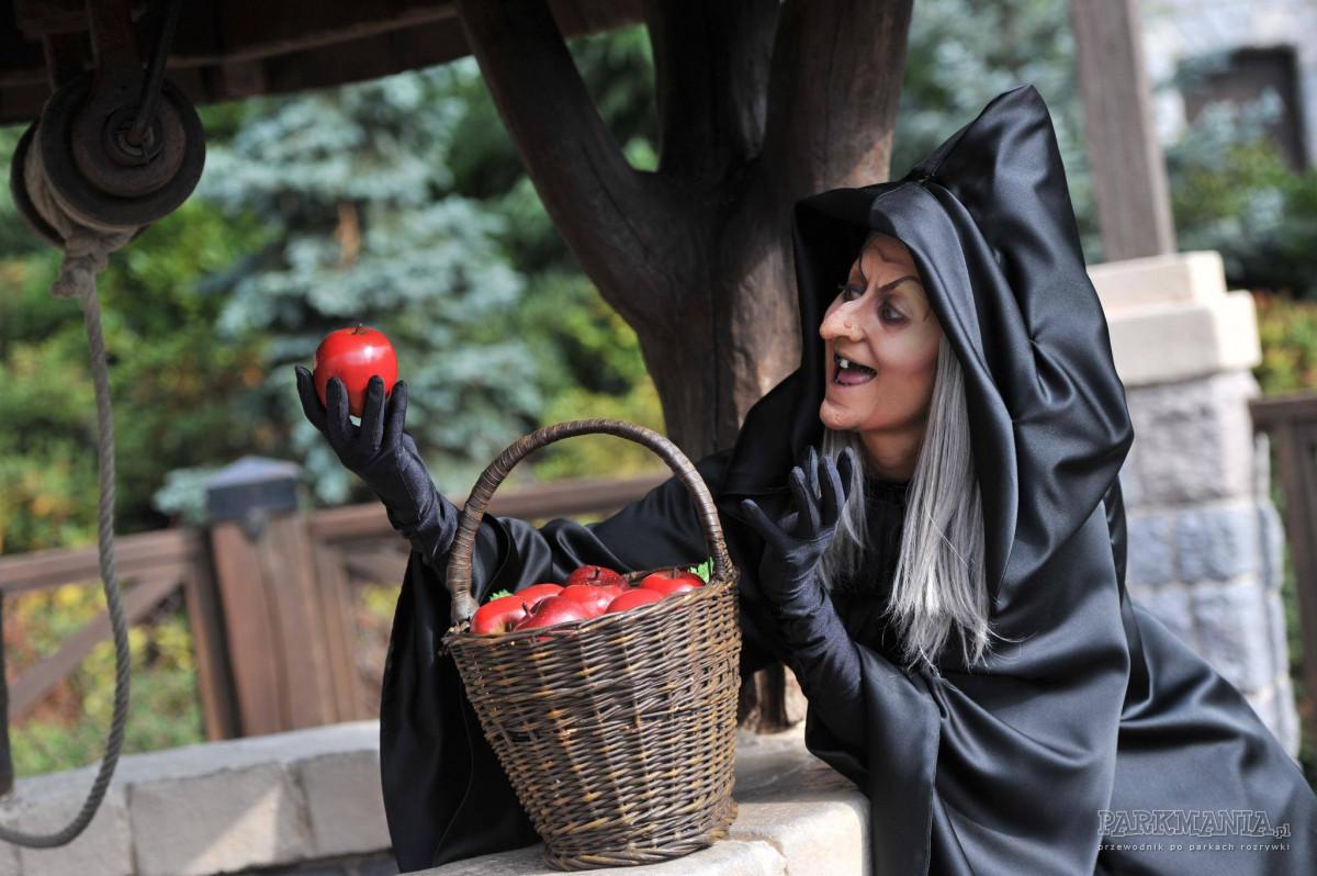 Co dzieje się jesienią w Disneylandzie?  Czy warto odwiedzić park o tej porze roku?