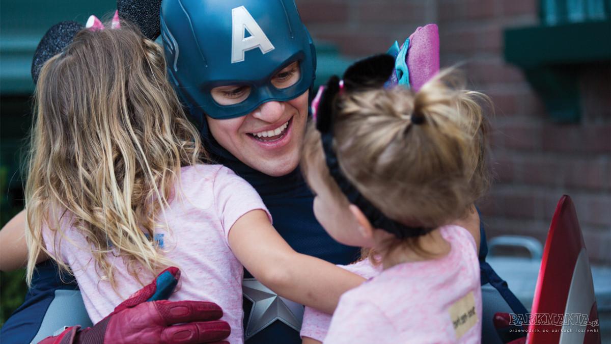 [WIDEO] Lato z superbohaterami Marvela w Walt Disney Studios