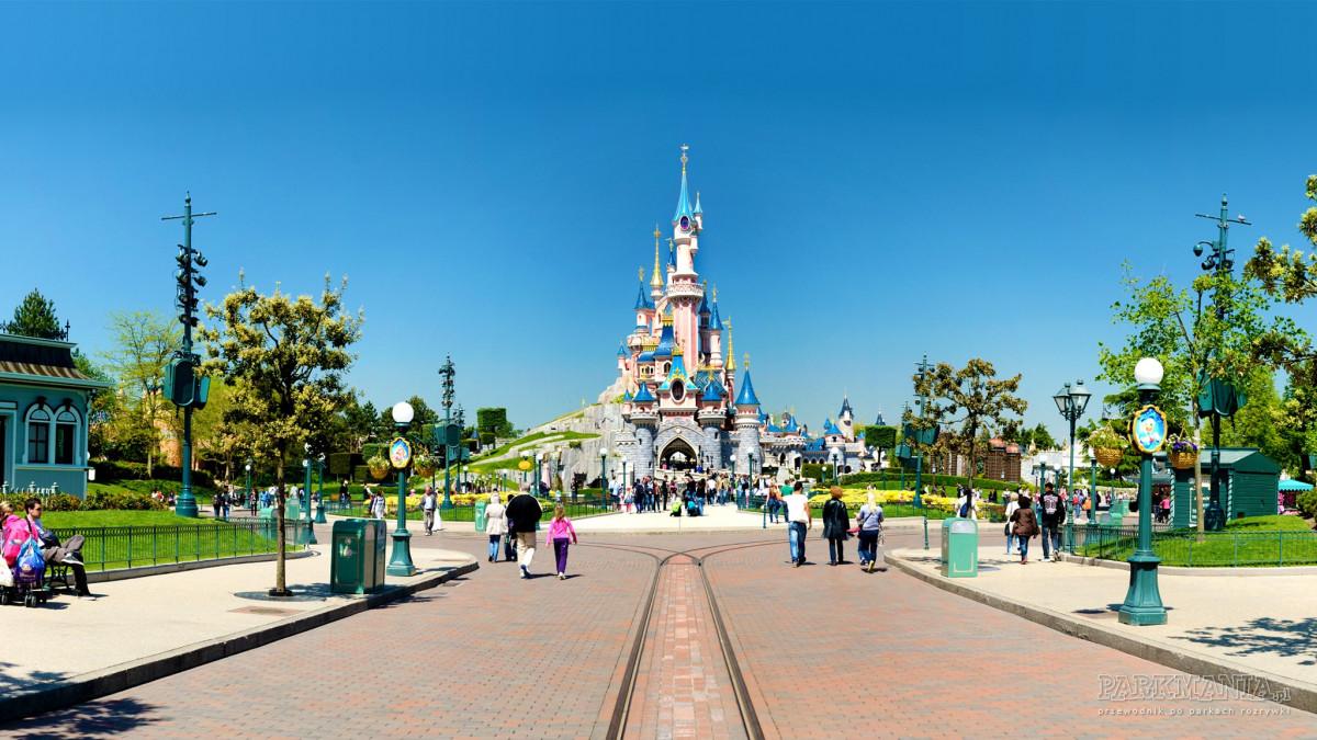 Jak być VIP-em w paryskim Disneylandzie?