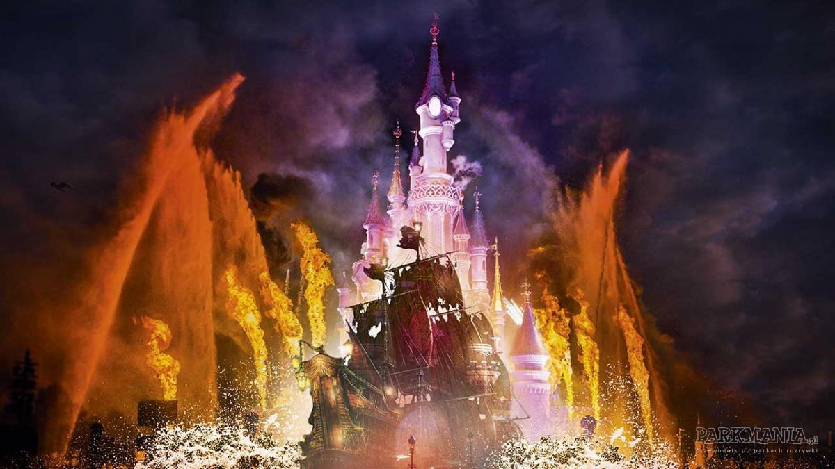 7 powodów, dla których warto odwiedzić Disneyland o tej porze roku