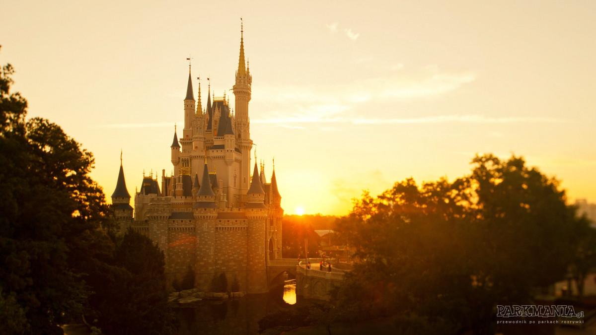 TOP 10 najchętniej odwiedzanych parków rozrywki w USA w 2018 r.