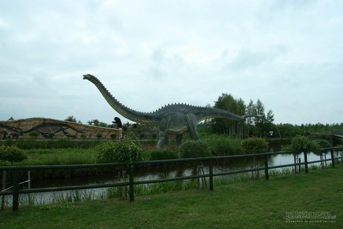 Wycieczka z dziećmi do parku dinozaurów w Łebie
