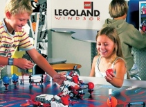 LEGO® Education featuring MINDSTORMS™