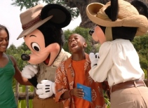 Meet Mickey Mouse & Friends in Camp Minnie-Mickey